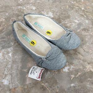 Roxy Fleece Lined Flats Size 9